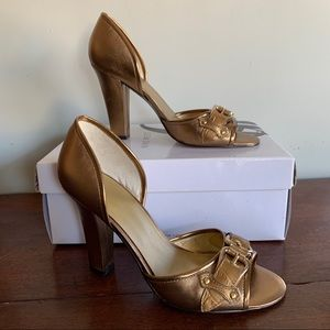Nine West NIB Gold Cellini Leather Heels 7.5